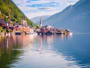 Austria_Hallstatt_See_Lake_District_shutterstock_522916930