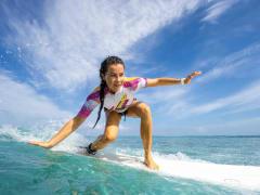 Surf_Lesson_shutterstock_390287101