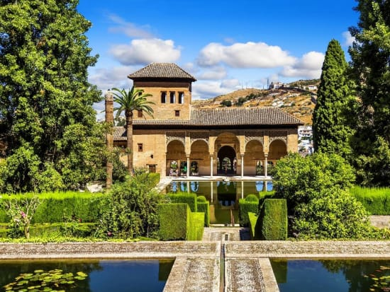 Alhambra and Granada Self-Guided Tour with 24-hour Audio