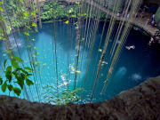Mexico_Yucatan_Cenote_Ik_Kil_shutterstock_86163439