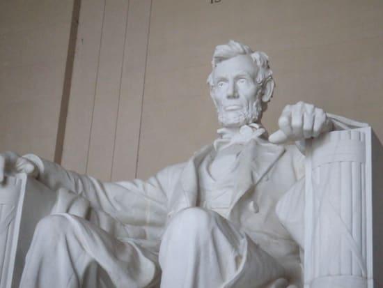 Lincolun Statue
