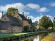 UK_England_Cotswolds_Bourton_on_the_Water_Gloucestershire_shutterstock_63139858