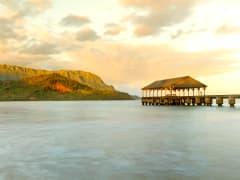 USA_Hawaii_Hanalei-Pier_shutterstock_179311373