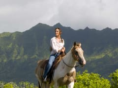 USA_Hawaii_Kauai_Horseback Ride_shutterstock