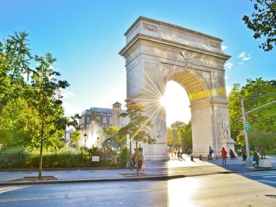 USA_New_York_Washington_Square_Park_shutterstock_321053906