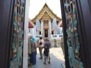 Wat Ratchapradit Bangkok Walking Tour
