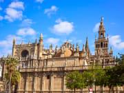 Spain_Seville_Cathedral-of-Seville_shutterstock_520028200
