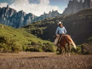 Montserrat Tour with Horseback Riding and Cable Car (4)