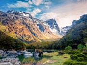 New_Zealand_Te_Anau_shutterstock_365306366
