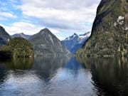 New_Zealand_Doubtful_Sound_shutterstock_598630553