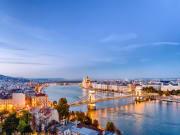 Hungary_Budapest_Dusk_Chain_Bridge
