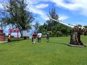 グアム鎮魂社と45口径10年式12cm高角砲
