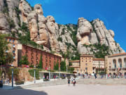 Spain_Monastery_Montserrat_shutterstock_455616130