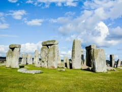 UK_Salisbury_Wiltshire_Stonehenge_shutterstock_362377103 (1)