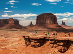 USA_Arizona_Monument_Valley_shutterstock_186678422