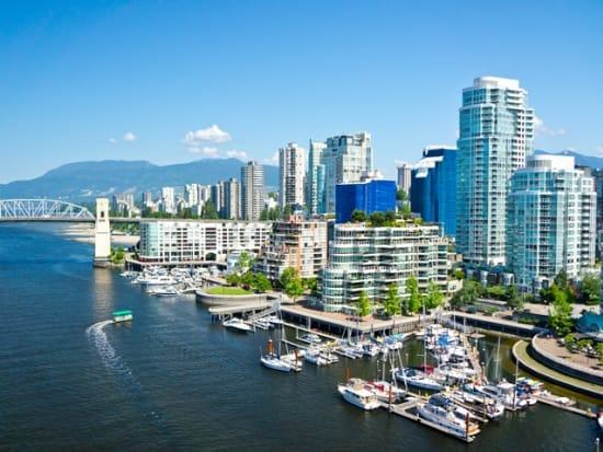 Canada_Vancouver_shutterstock_214862038