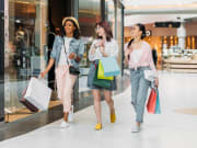 Shopping_Mall_Girls_Fashion_Concept_shutterstock_644794222