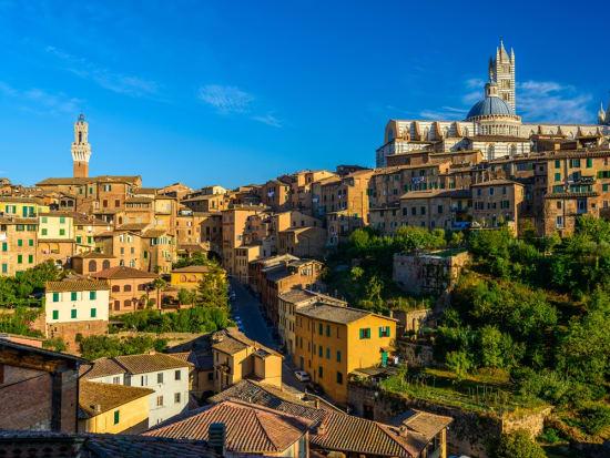 Italy_Siena_Tuscany_shutterstock_125571773