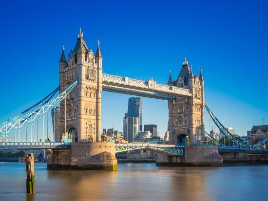 England_London_Tower_Bridge_123RF_48201646_ML