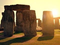 uk_stonehenge_shutterstock_288280385