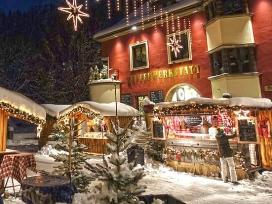 Salzburg Christmas Market.Austrian Christmas Markets At Lake Wolfgang From Salzburg