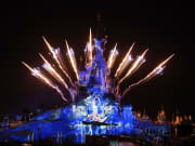 etma2-01-disneyland-paris-castle-frozen