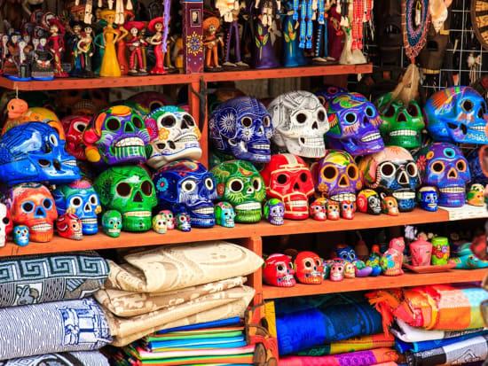Mexico_PlayadelCarmen_shop_shutterstock_190028564