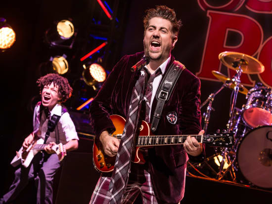 Brandon-Niederauer-and-Eric-Peterson-in-School-of-Rock-The-Musical-Photo-by-Matthew-Murphy