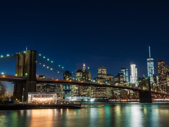 USA_NewYork_Brooklyn_Bridge_Night_View_shutterstock_523429729