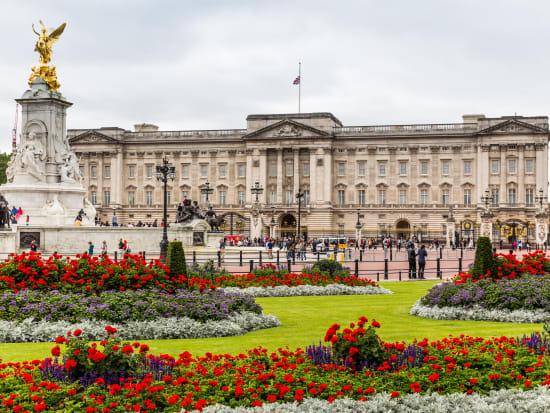 UK_London_Buckingham Palace_shutterstock_626265674