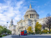 uk_london_st_pauls_shutterstock_176374394