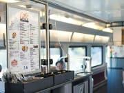 Amtrak_cafe_car