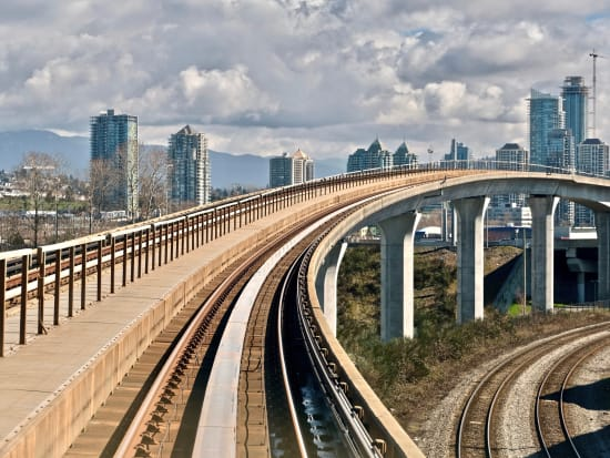 Canada_Vancouver_Skytrain_shutterstock_615188969