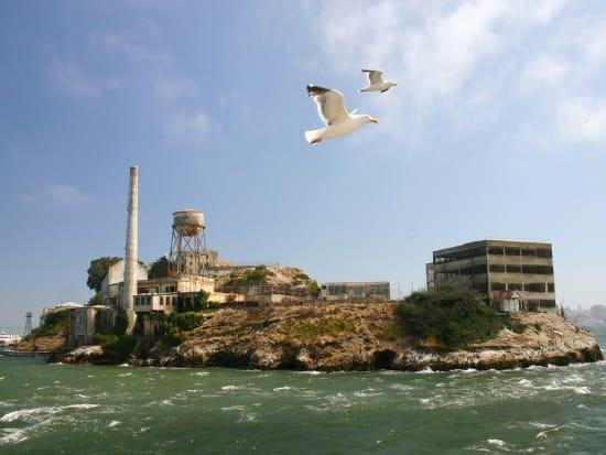 USA_ San_Francisco_Alcatraz_Island_shutterstock_25265767