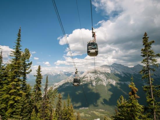 Canada_Banff_Gondola_shutterstock_205345468