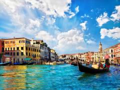 Italy_Venice_Gondola_shutterstock_110086700