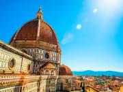 Italy_Florence_Bassilica_di_Santa_Maria_del_Fiore_Saint_Mary_of_the_Flower_shutterstock_226789231