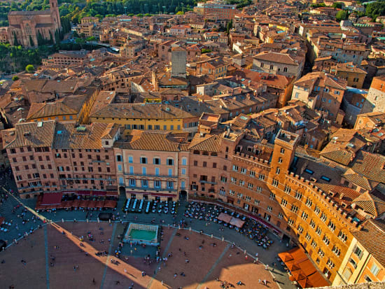 Italy_Siena_Old_Town_Tuscany_shutterstock_246031135