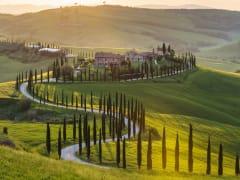 Italy_Tuscany_shutterstock_421506388