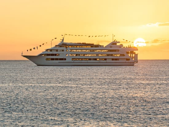 Star of Honolulu - Waikiki Sunset Dinner Cruise with Live EntertainmentSALE  Instant Confirmation