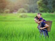 Vietnam_Hmong_Woman_shutterstock_722494549