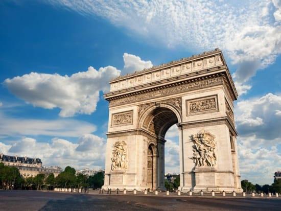 France_Paris_Arc_de_Triumph_123RF_21946920