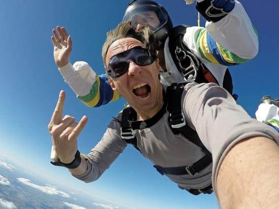 cairns tandem skydiving