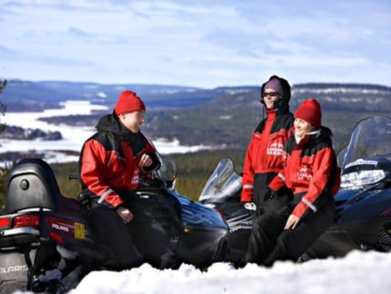 Lapland Safari to Snow Village