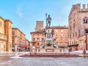 Bologna_Nettuno Square_shutterstock_410379151