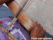 サントトマスハリエサ手織り作業