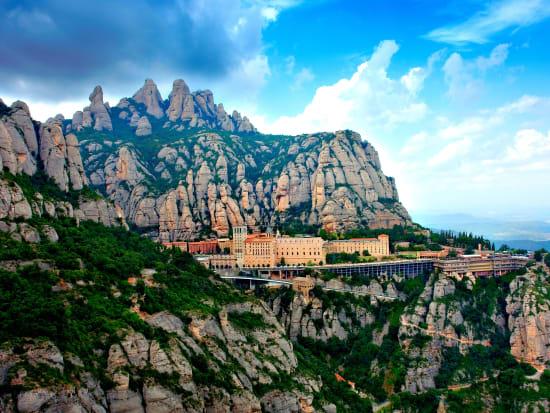 Half day tour Montserrat - Main photo