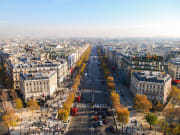 France_Paris_Champs_Elysees_shutterstock_527195128