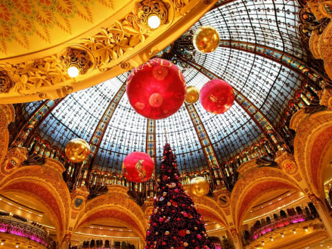 Christmas Paris France.Christmas Day 25th Dec Christmas New Year In Paris
