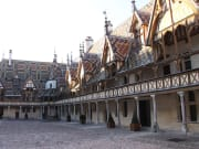 cote-de-beaune-burgundy-wine-tour-12-wines-tasting-wednesday-friday (1)